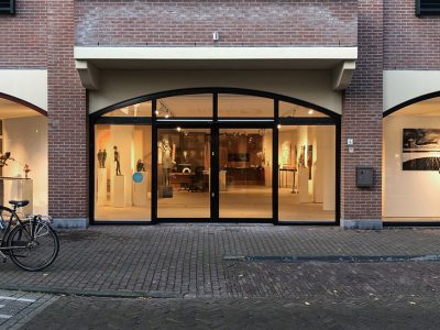 ART CENTER HORUS_LAREN